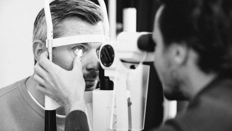 Kontaktlinsen Anpassung